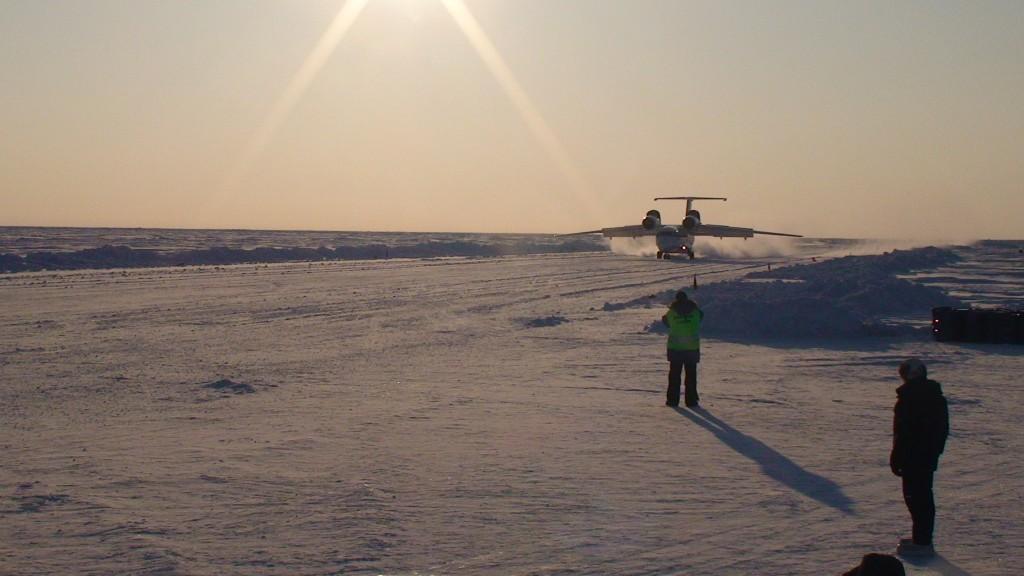 Antonov Landing at Barneo
