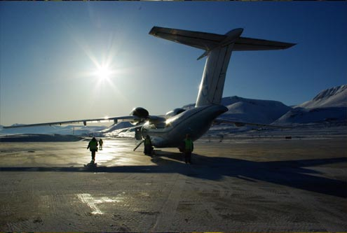 AN 74 takeoff at Longyearbyen