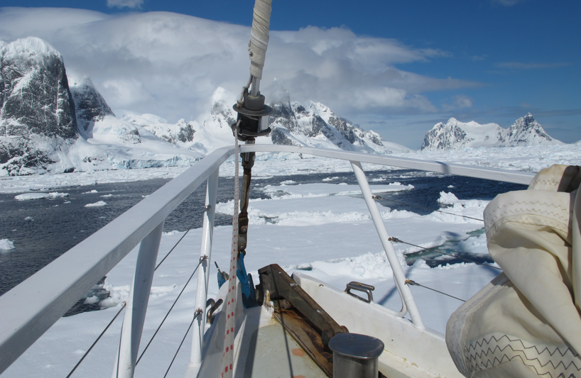 The Lemaire Channel choked with ice - Ice Axe 2010